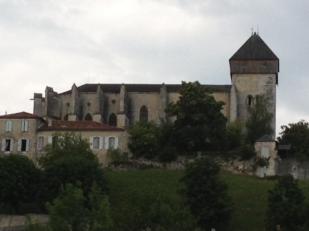 St. Bertrand, die schönste Kirche in den Pyrenäen!