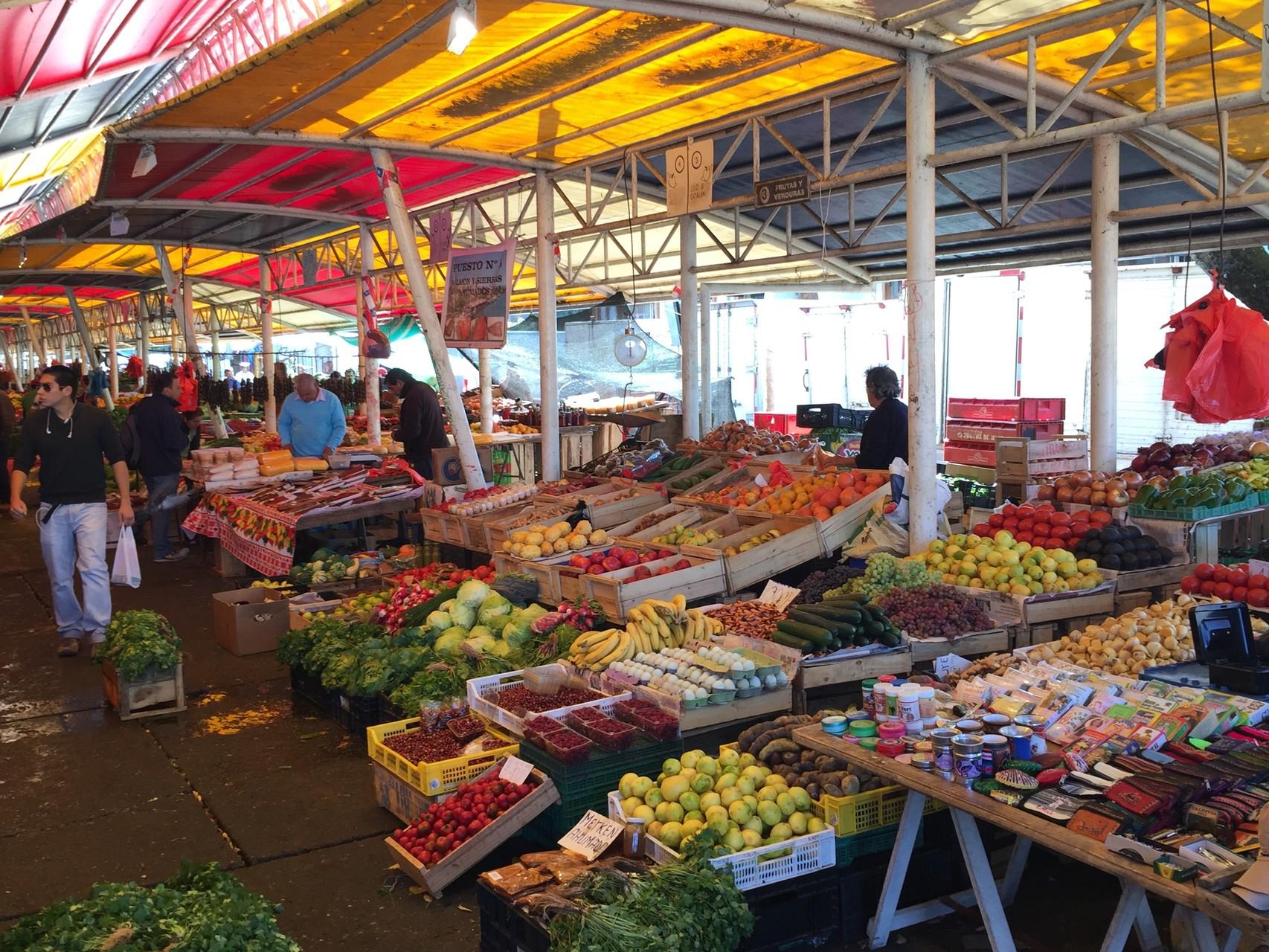..... mit Gemüsemarkt