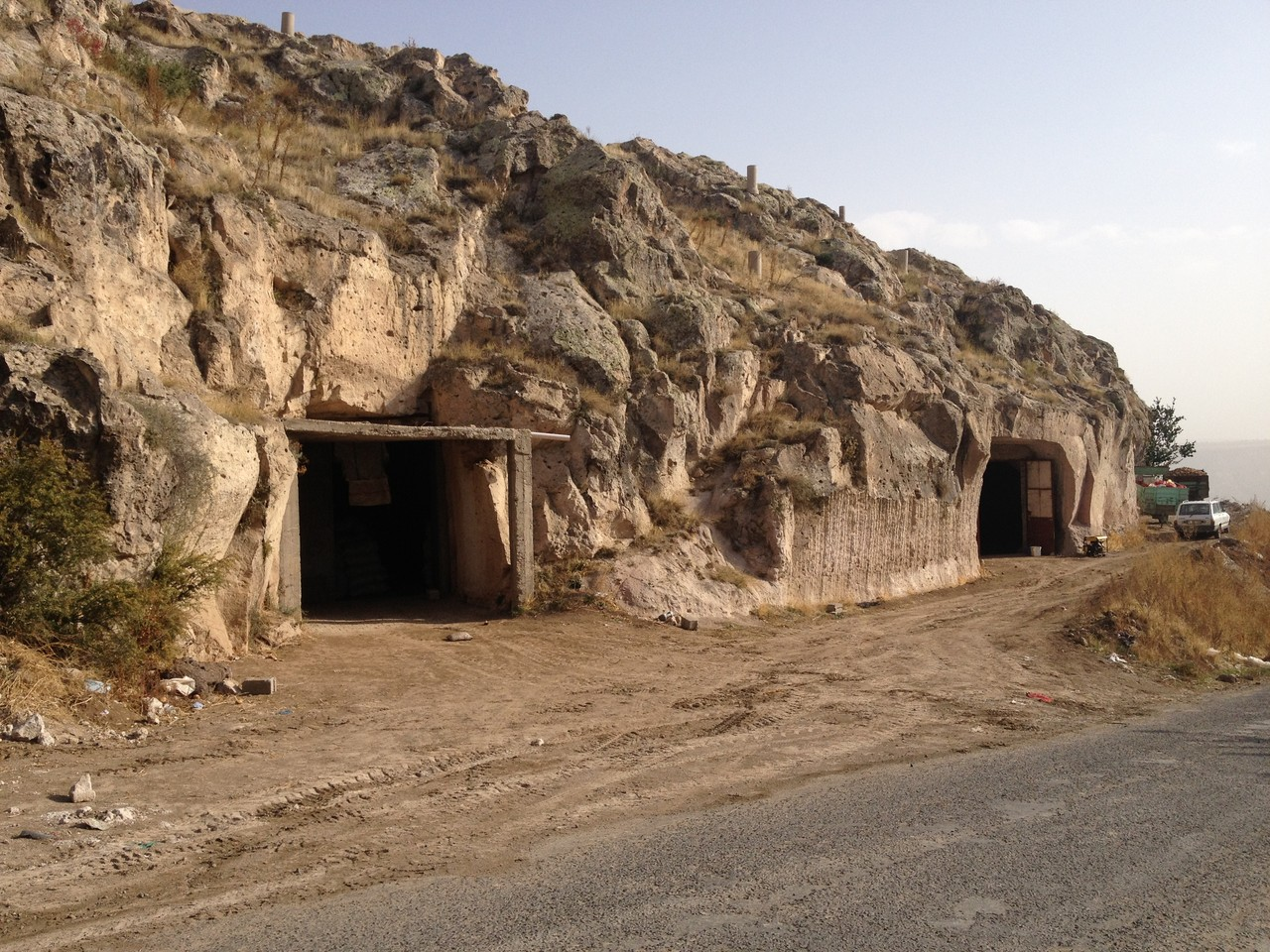 In diesen Höhlenkellern werden Kartoffeln gelagert