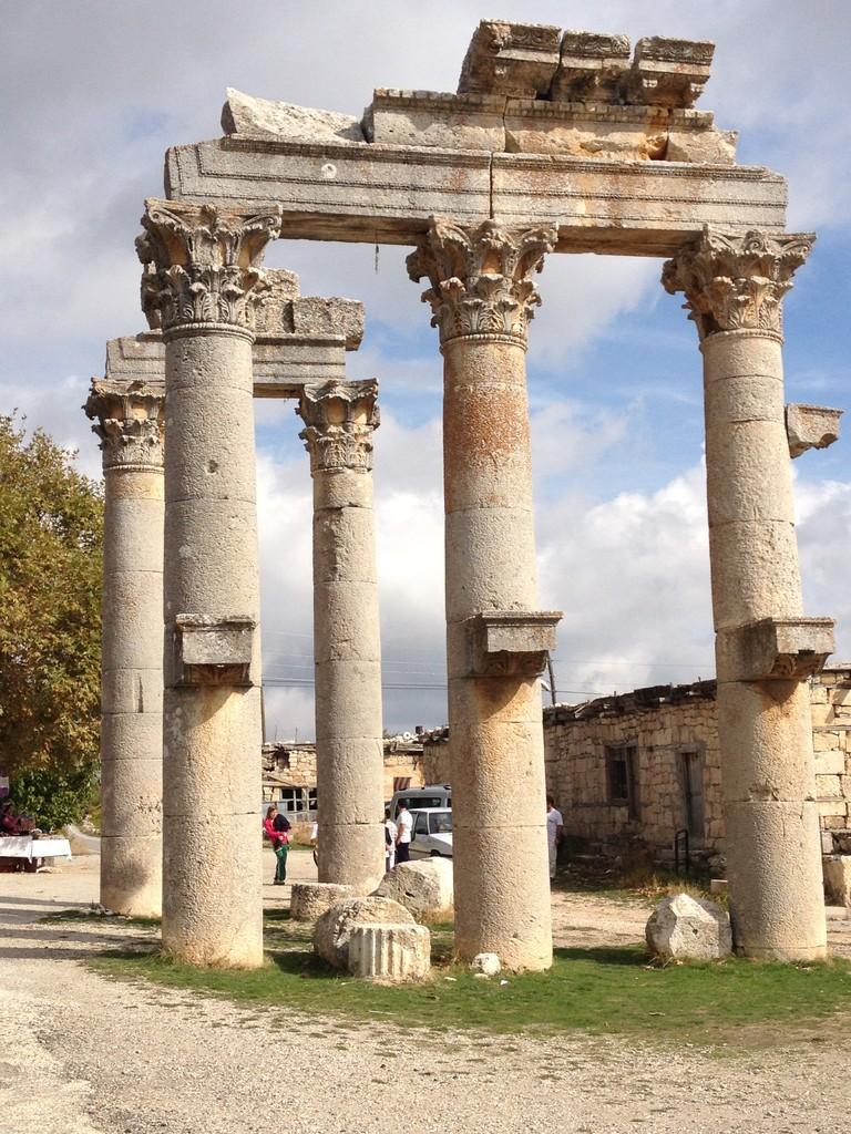 Olba Diocaesarea - mitten in einem Dorf