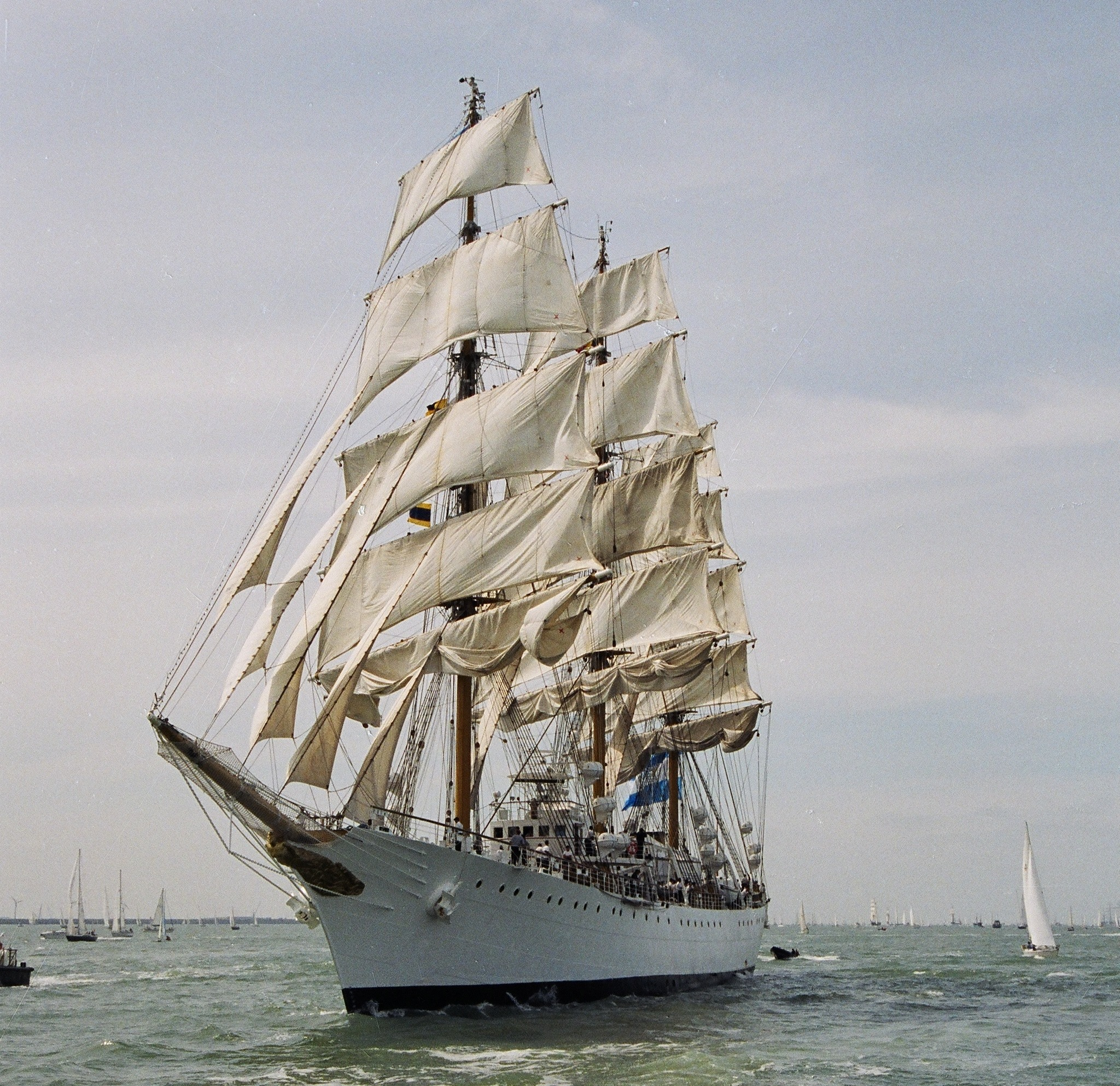 Segelschiff Libertad in voller Fahrt (http://images.google.de)