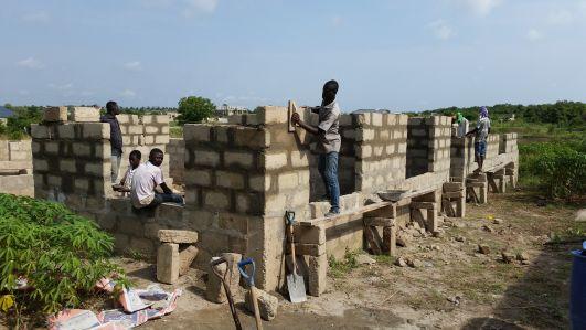Errichtung der Lehrer-Wohnungen