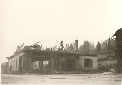 Sägwerksbrand Gebr. Möst 13.XI.1953, wahrscheinlich ausgelöst vom Funkenflug einer vorbeifahrenden Lokomotive