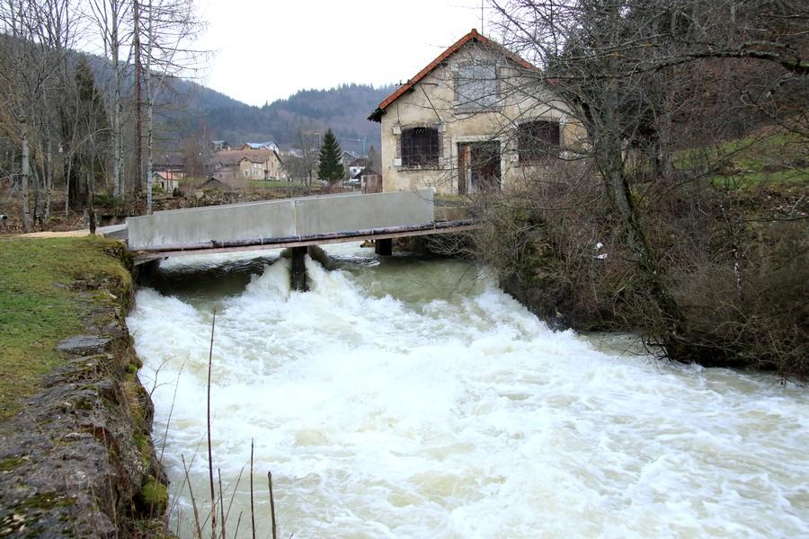 nouveau pont vers la station d'épuration