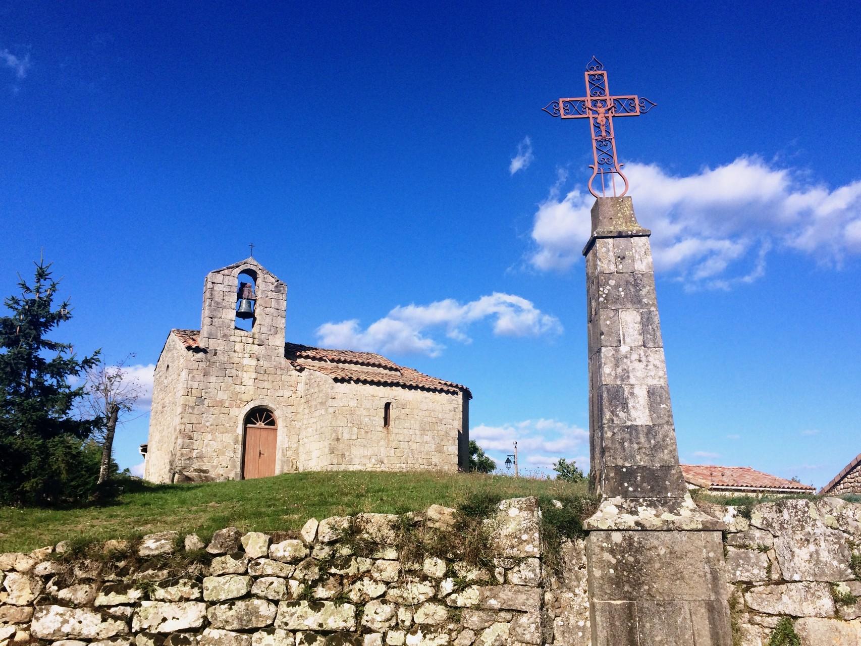 Eglise de Mounens à Saint-Basile