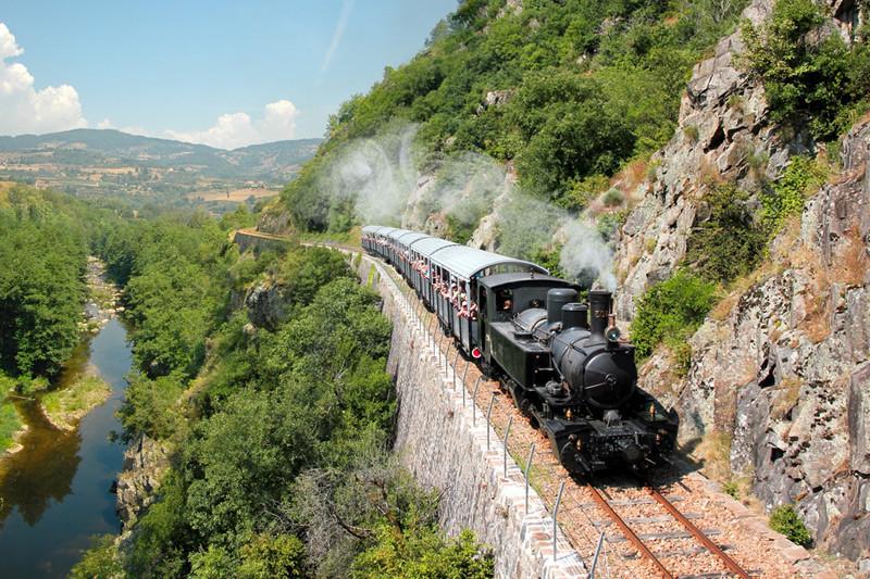 """Le train de l'Ardèche dit """"Mastrou"""""""