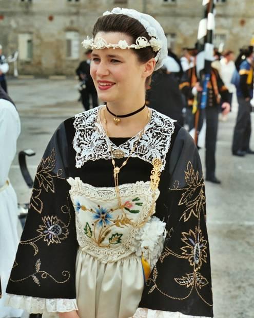 2002 - Mari-anna Sohier Reine de Cornouaille