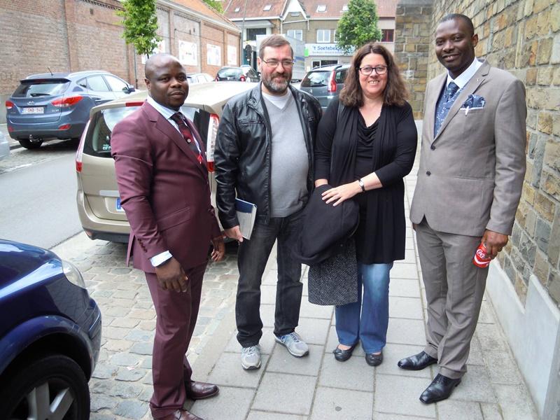 Pasteur Joël Bajicky à gauche, Apôtre Emmanuel Buki à droite