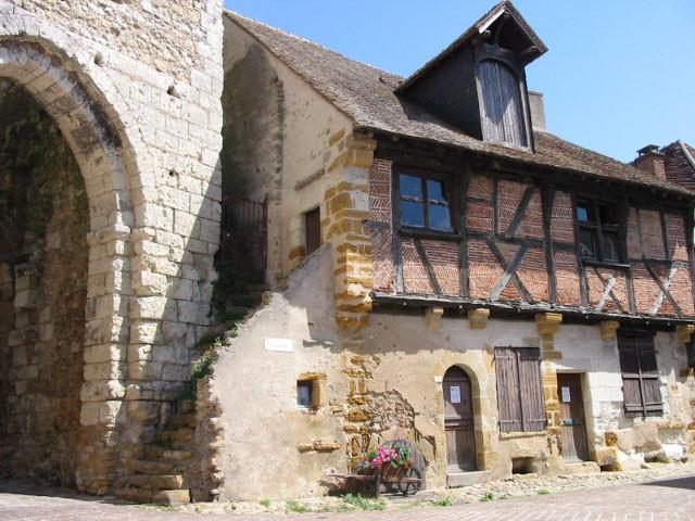 Maison du XVIeme cité médiévale Mennetou sur cher