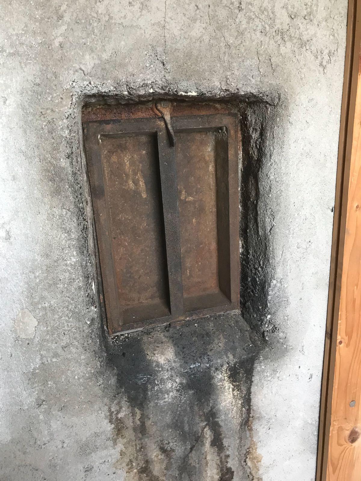 Einbau gasdichte Reinigungsöffnung vorher