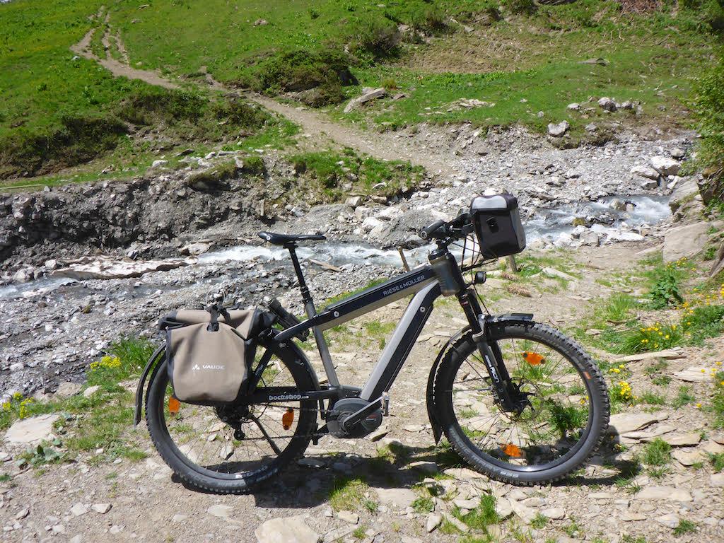 Thomas nutzt seinen Supercharger eher Offroad als Hardtail e-Mountainbike.