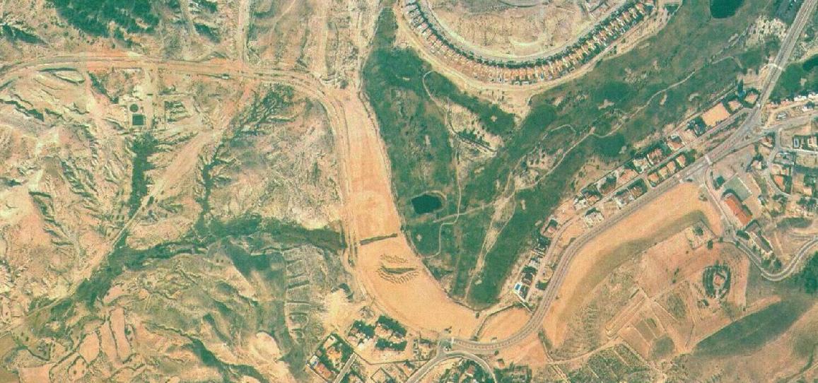 Imagen aérea salida por El Chorrico. Cuando Altorreal terminaba ahí, año 1998