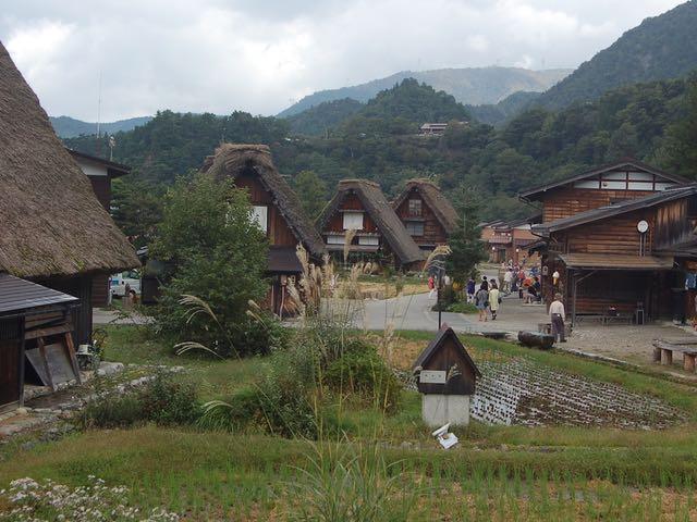 身近な岐阜県にある世界遺産、一度は行っておきたい