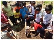 ミミズがどうやって、土を豊かにするの? 野菜作りを通して、自然の力を学びます