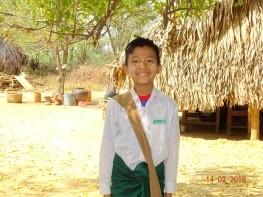 トーアウンくん(11歳) セーユア学校