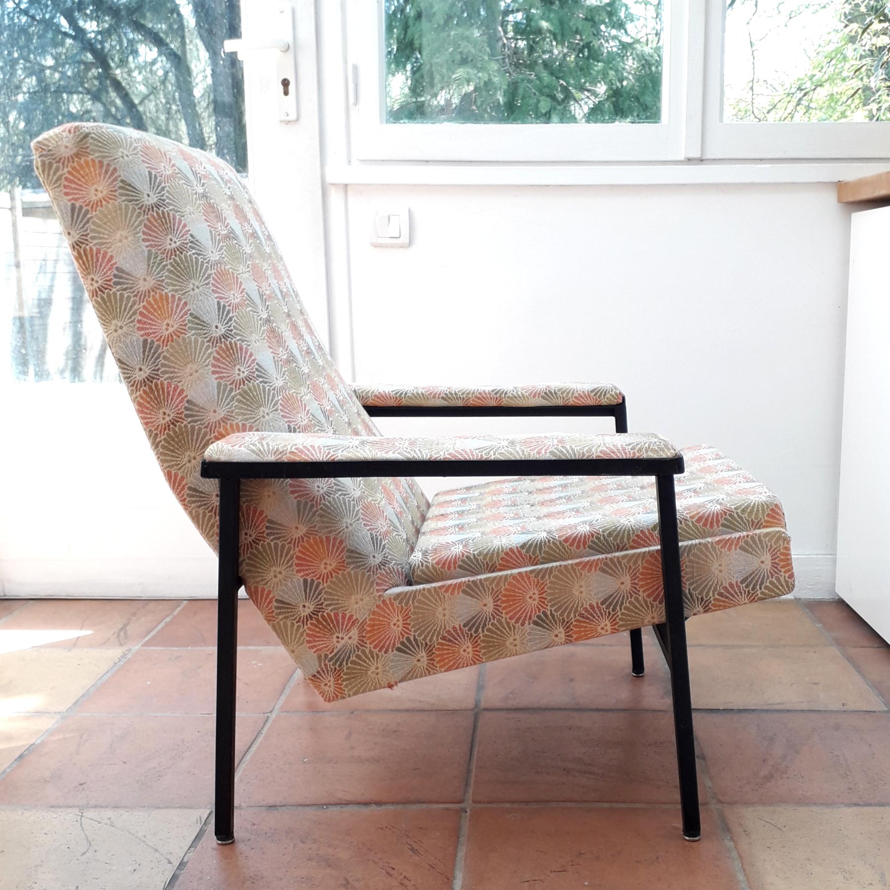En partenariat avec l'A.R.P, fauteuil 643, édition Steiner, 1956