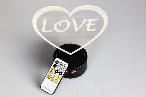 Découpe et gravure laser PMMA avec éclairage tangentiel