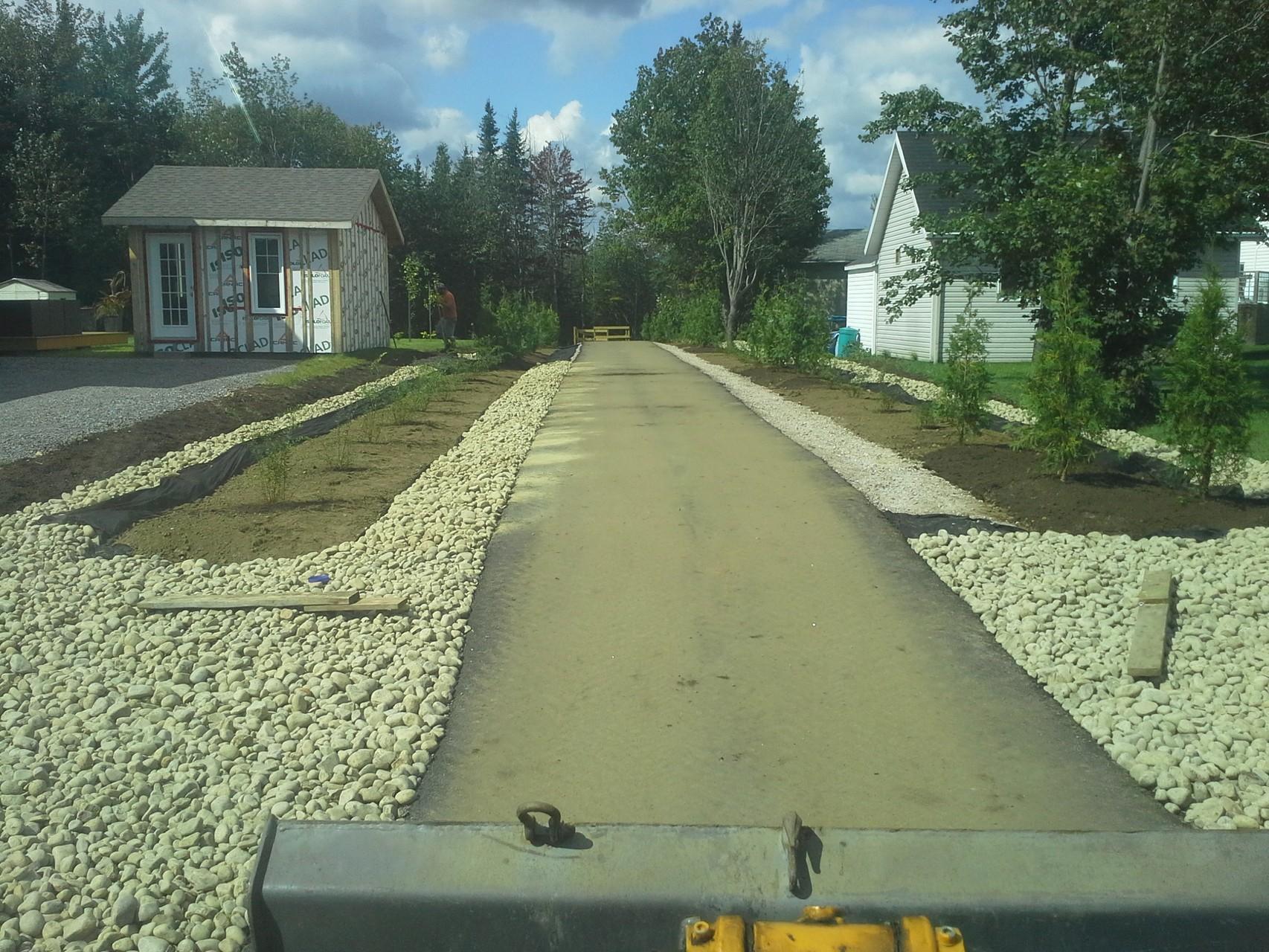Aménagement de sentier (contrat municipal)