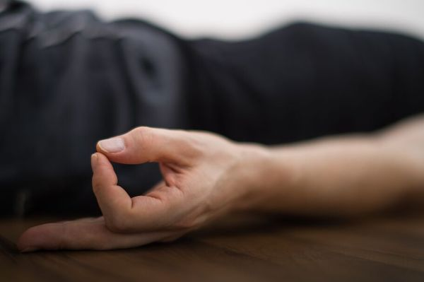 Rene Hug - Yin Yoga Restorative Yogatherapie Ausbildung Deutschland, Schweiz