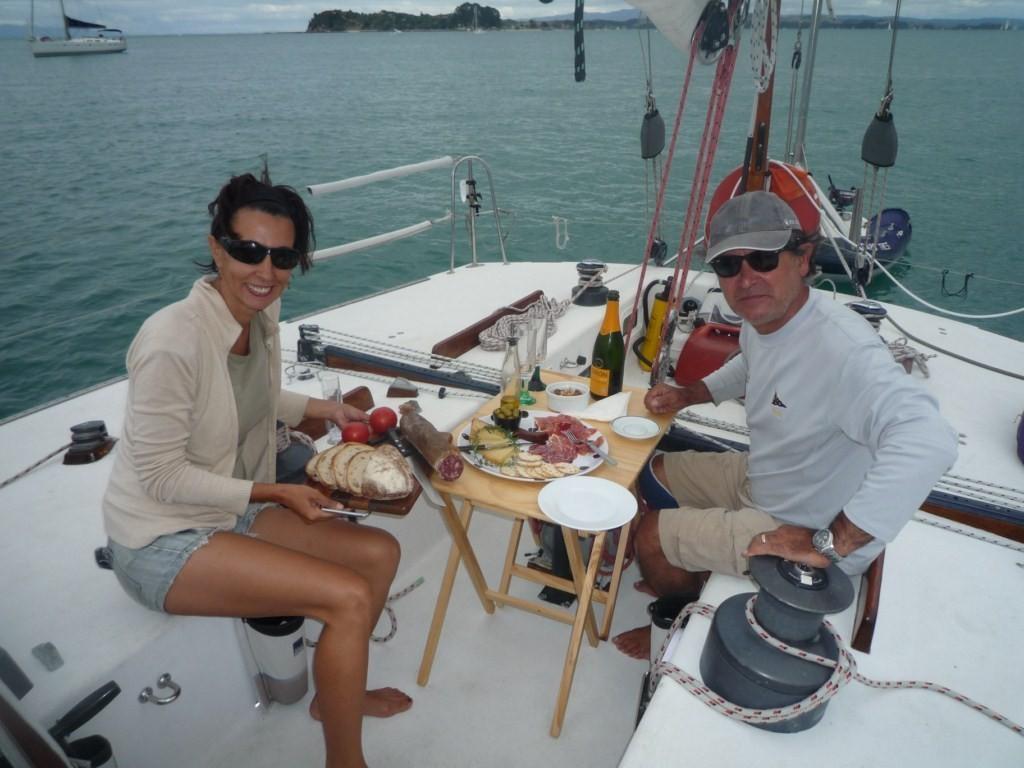 Con Joan y su Blast Furnace, en  Huse Bay, al este de Waiheke