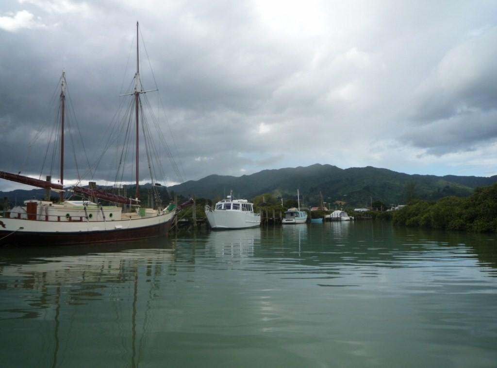 Canal a Coromandel Town
