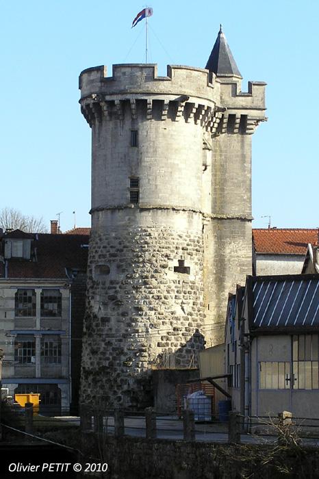 Tour Valéran à Ligny-en-Barrois. Gîte des Palots-Verdun-Meuse