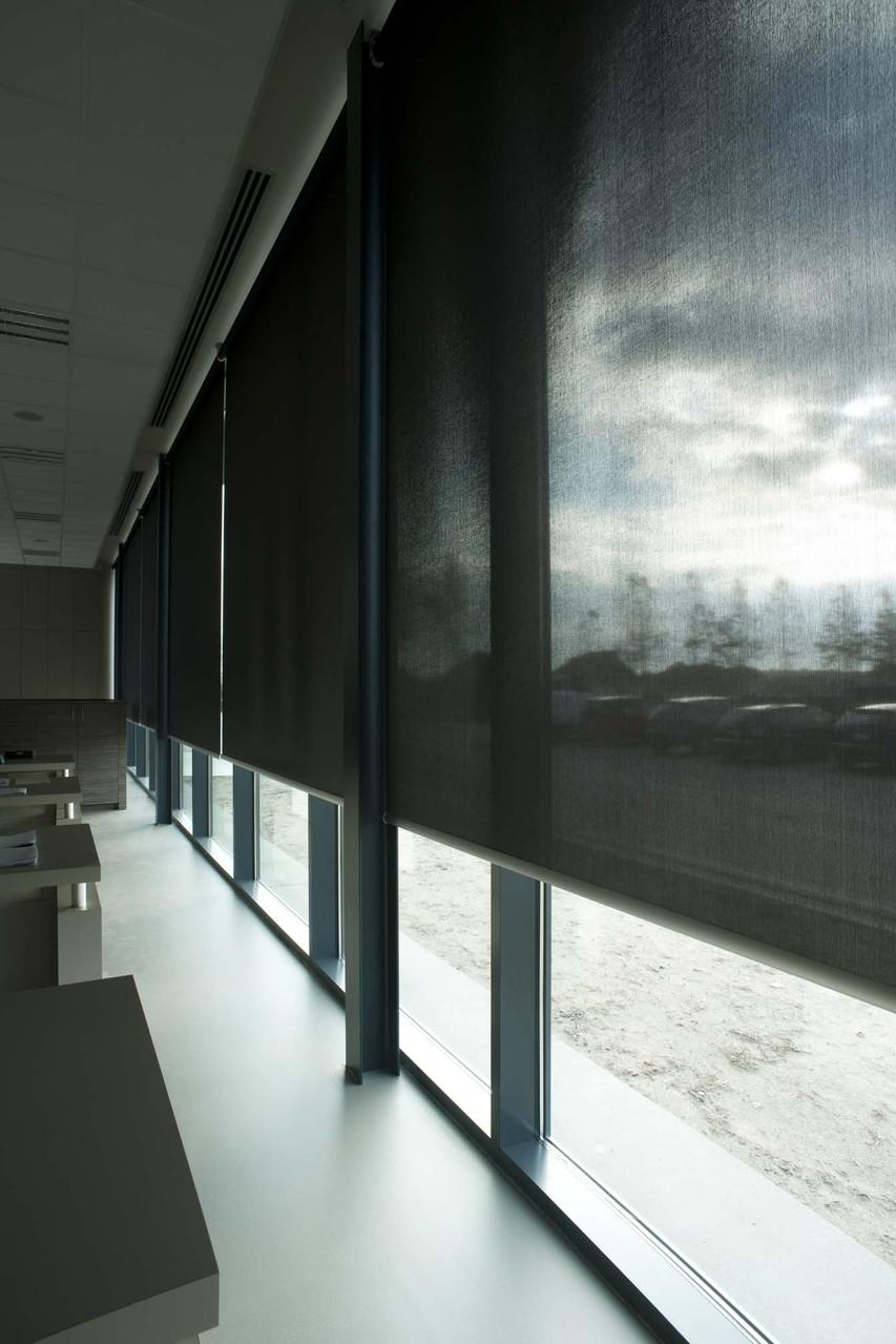 Большие рулонные шторы Скрин