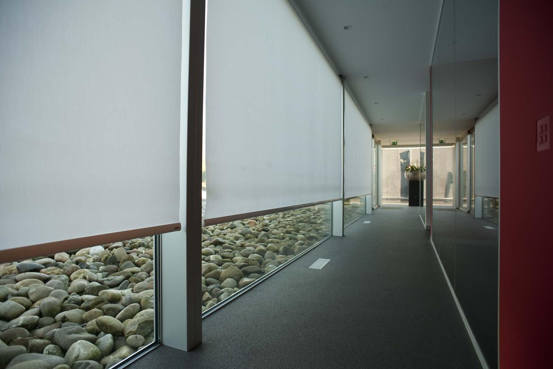Рулонные шторы для панорамных окон