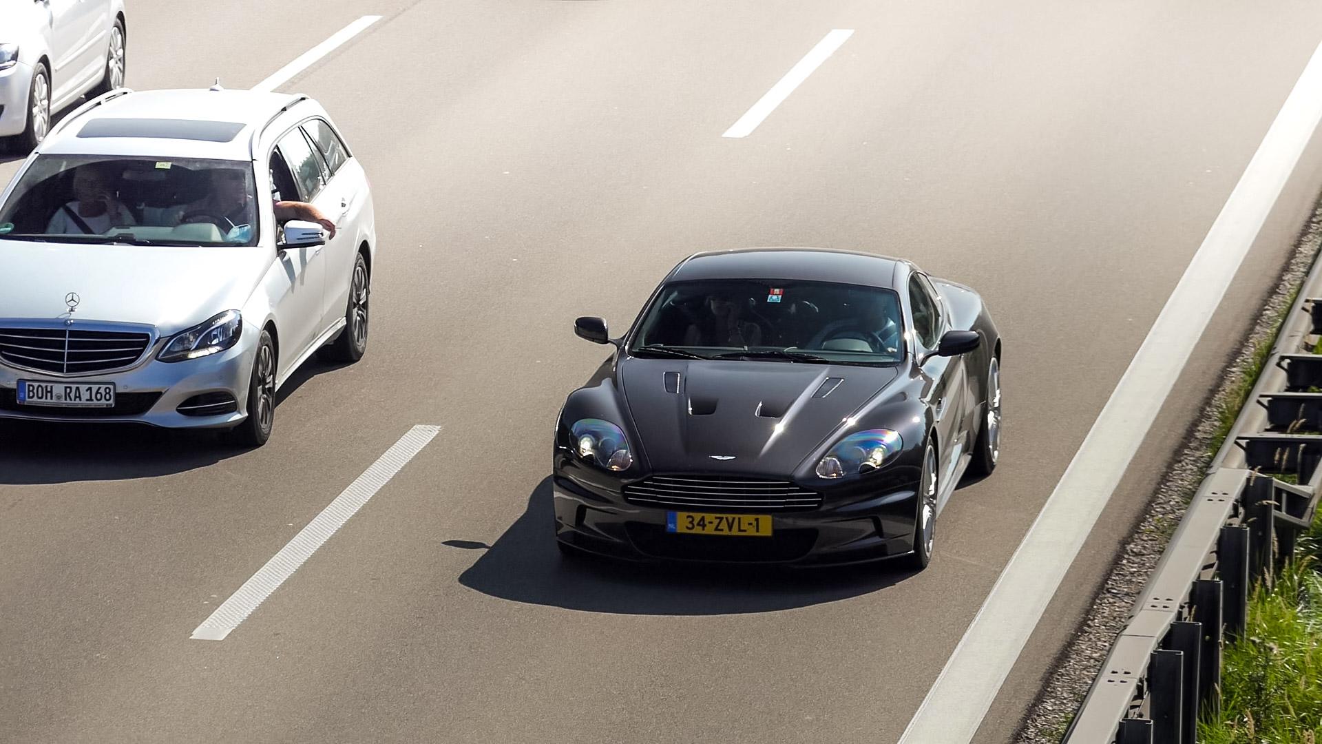 Aston Martin DBS - 34-ZVL-1 (NL)