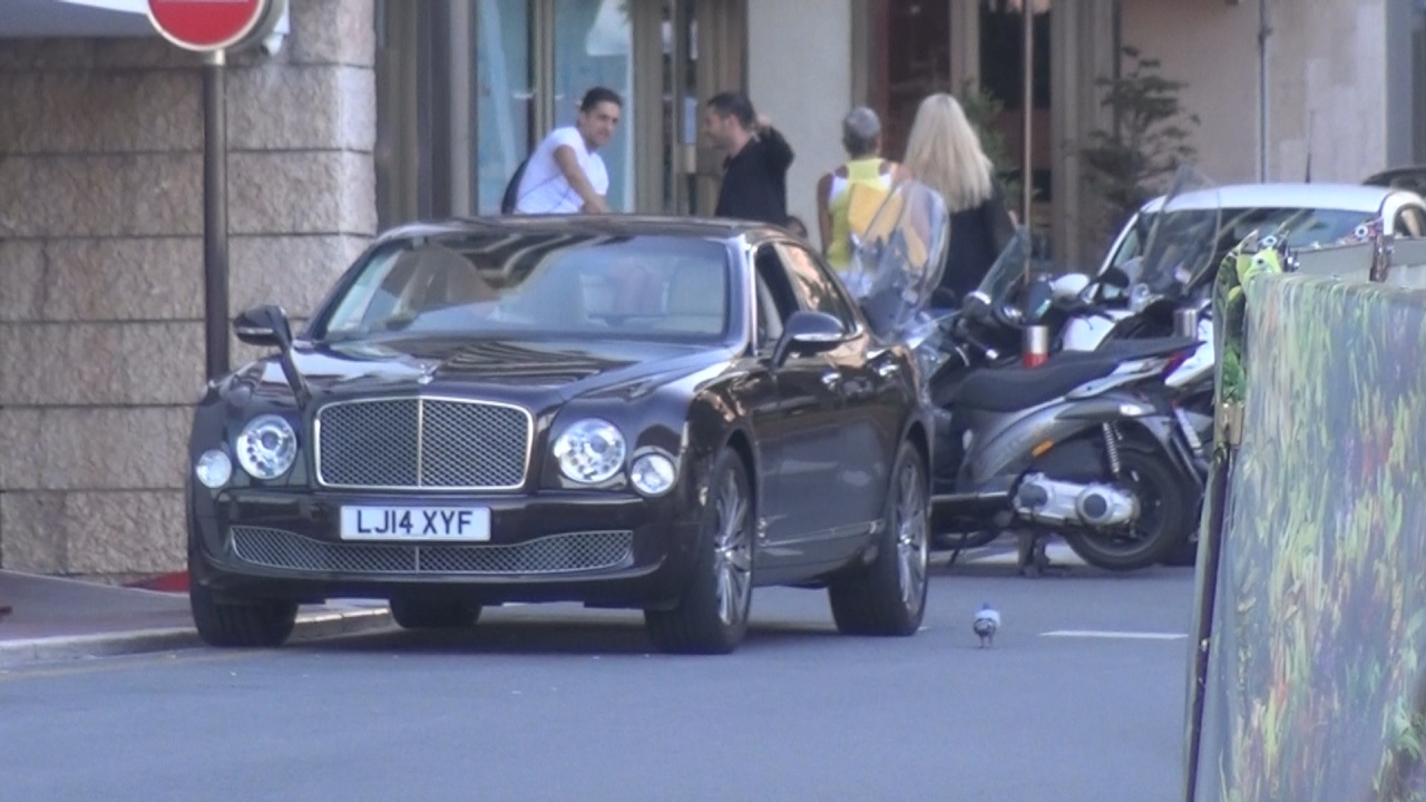 Bentley Mulsanne - LJ14-XYF (GB)
