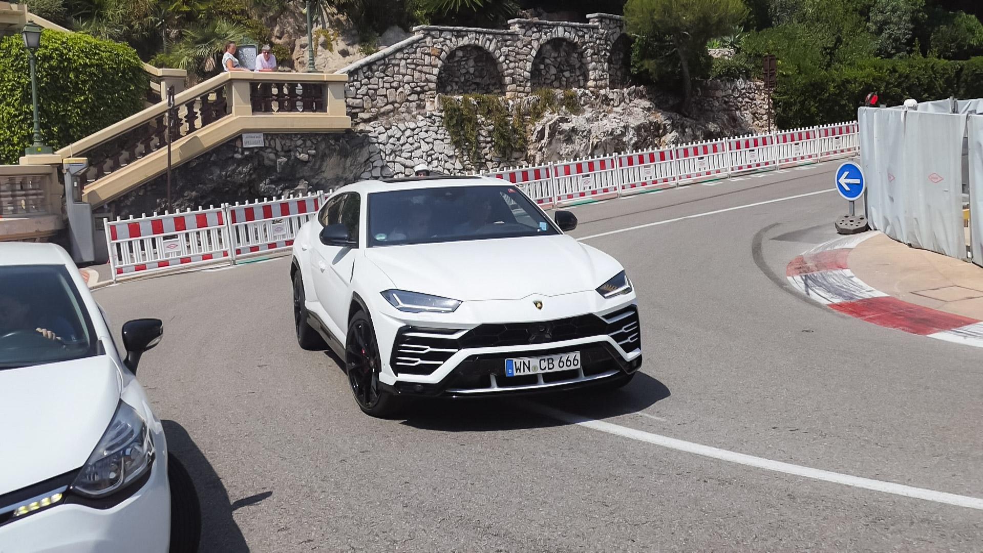 Lamborghini Urus - WN-CB-666