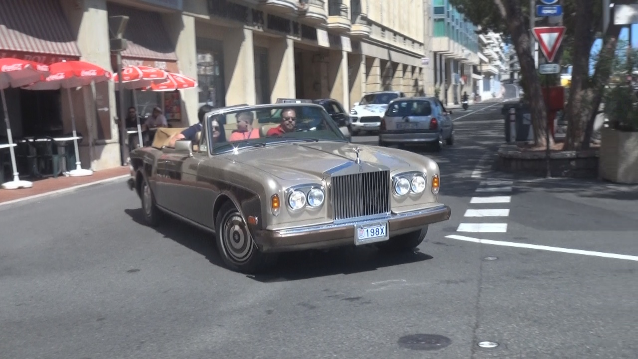 Bentley Corniche - 198X (MC)