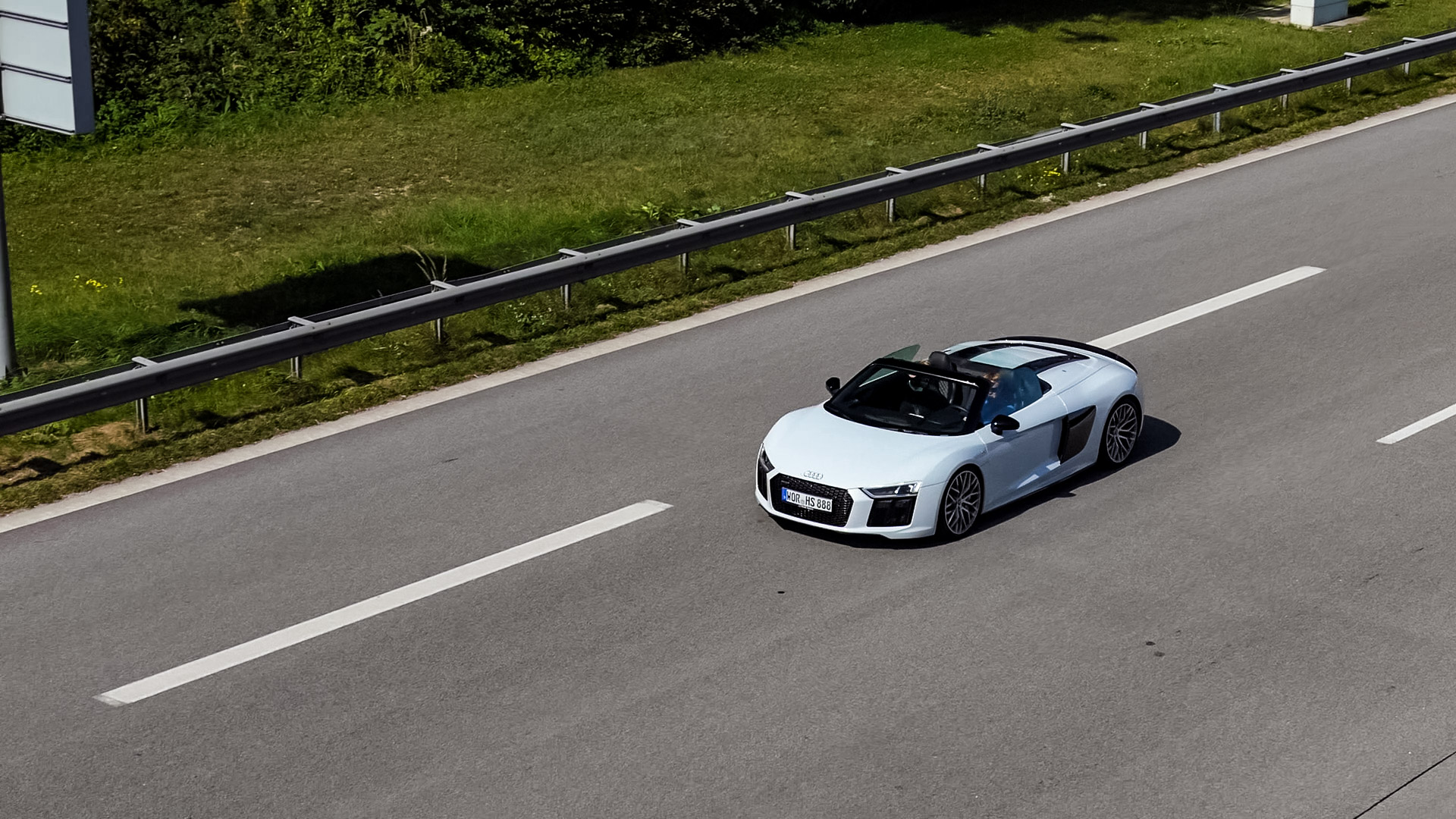 Audi R8 V10 Spyder - WOR-HS-888