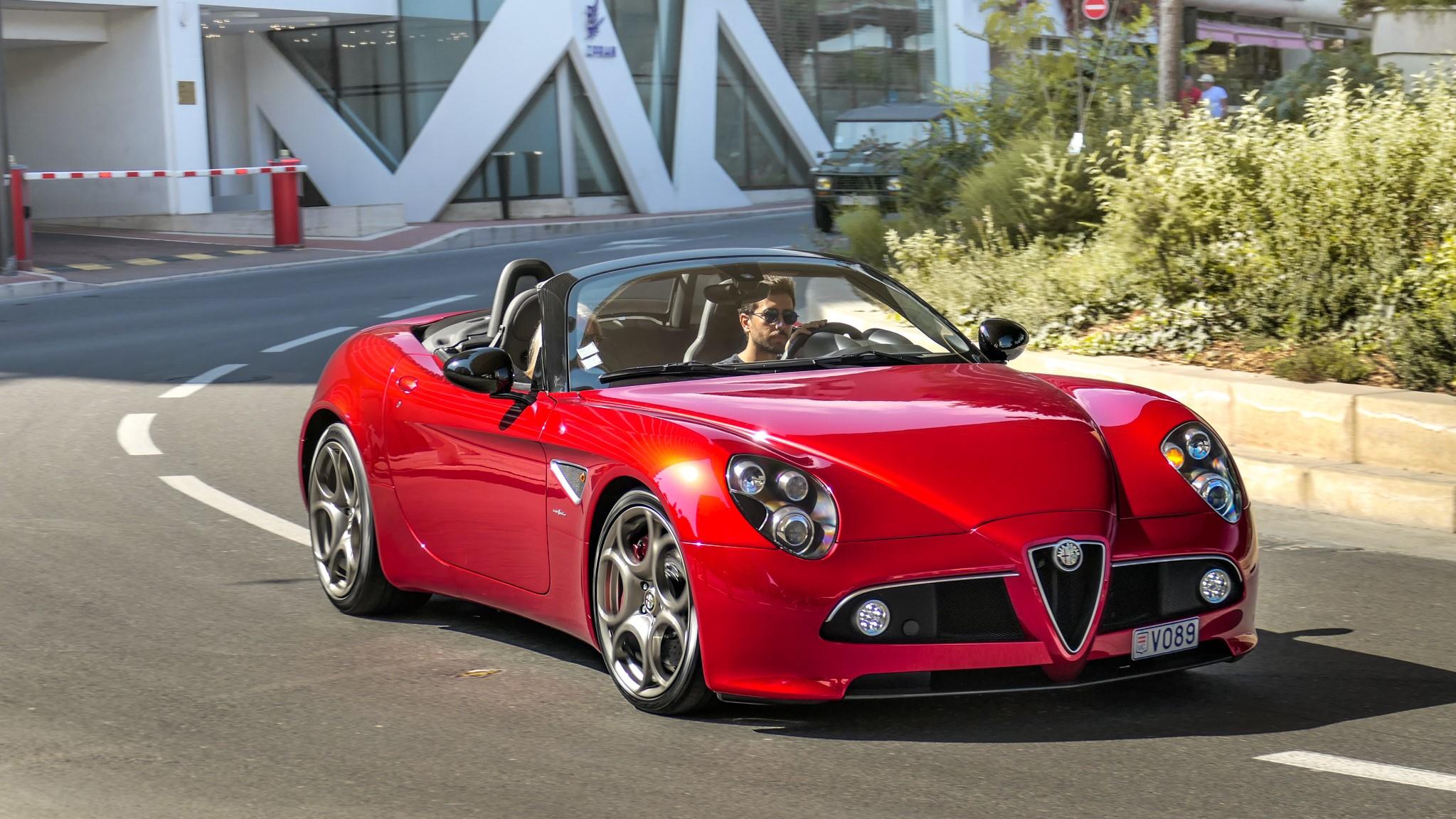Alfa Romeo 8C Spider - V089 (MC)