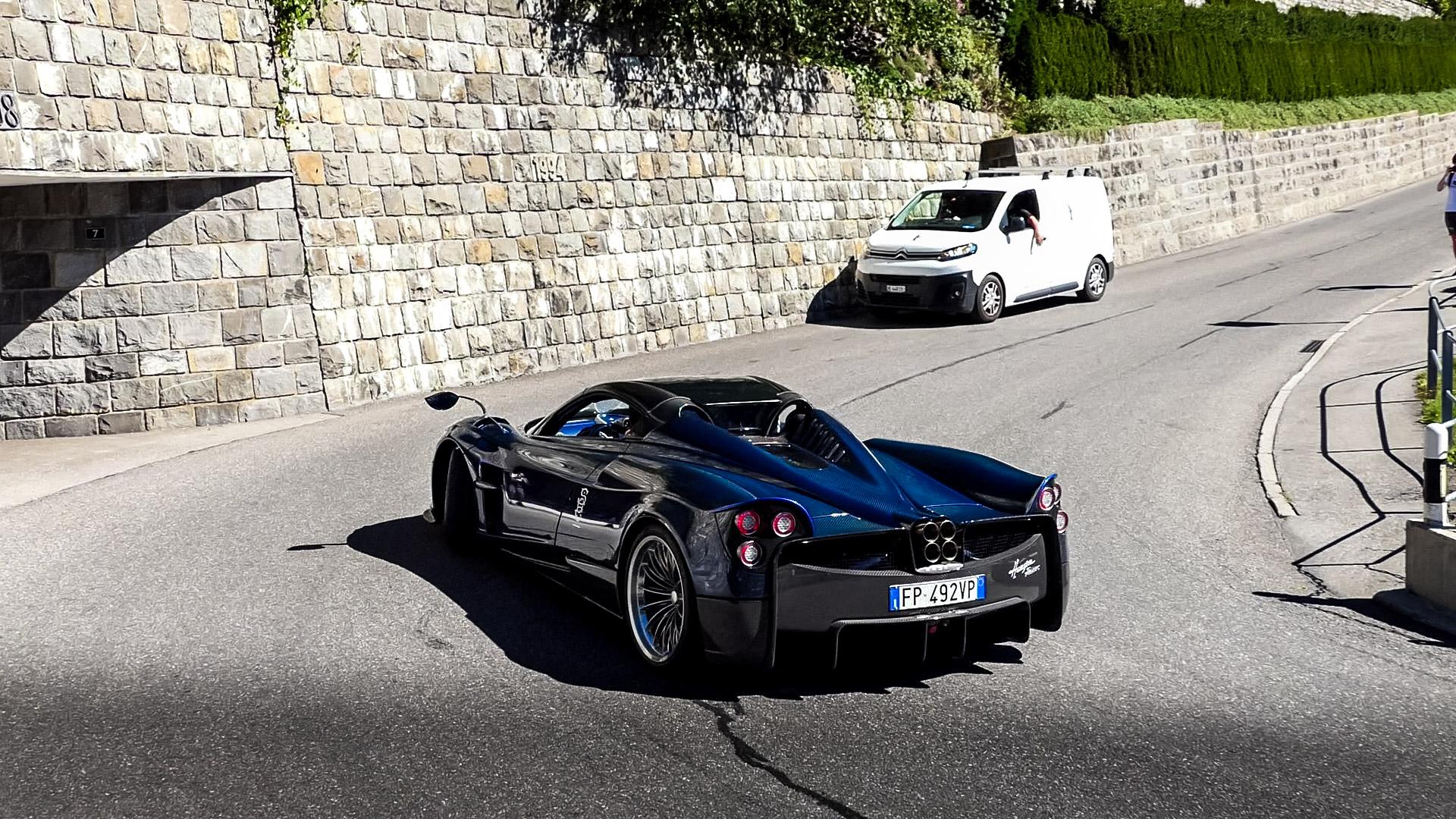 Pagani Huayra Roadster - FP-492-VP (ITA)