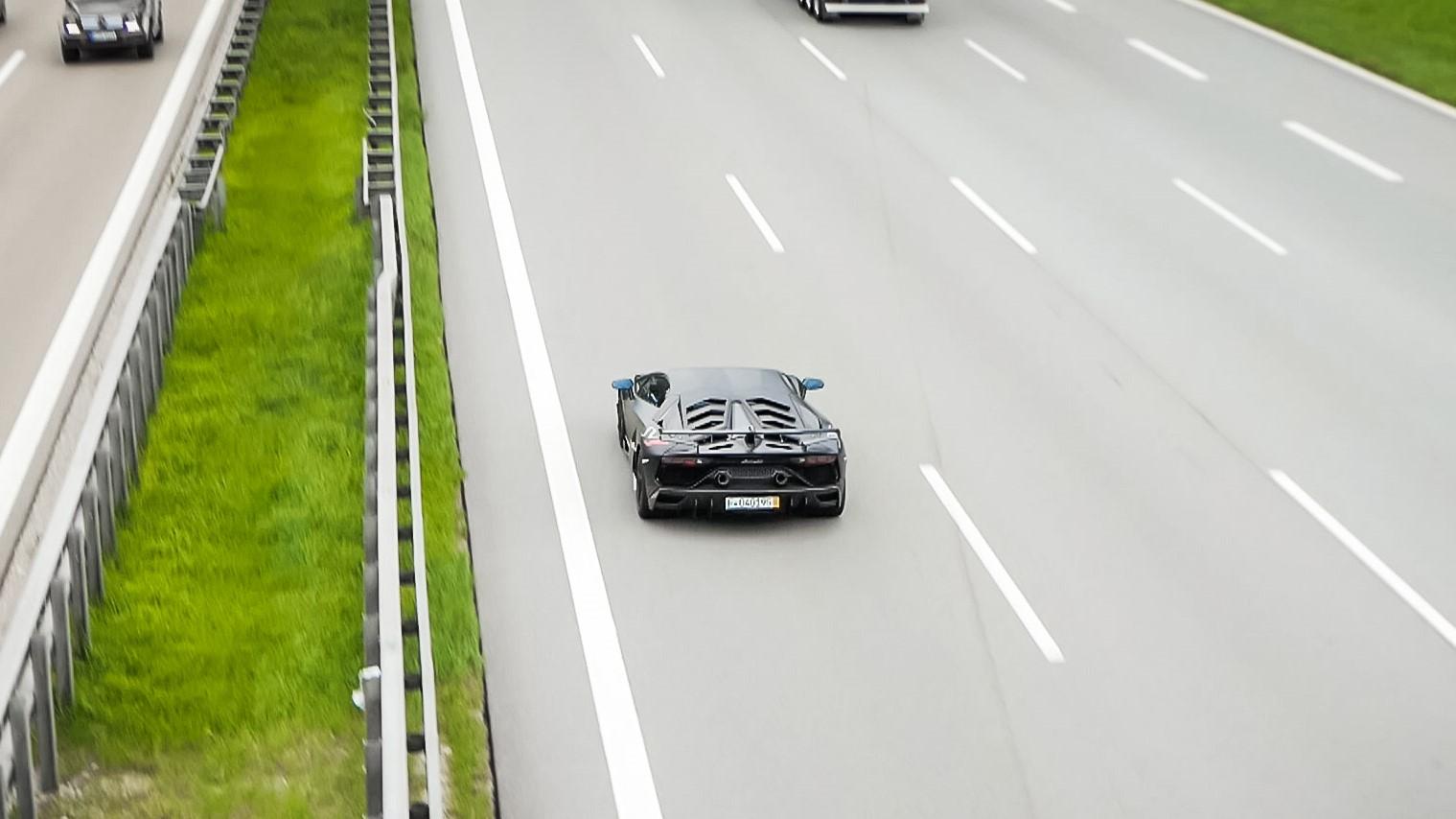 Lamborghini Aventador LP 770 SVJ - F-060195