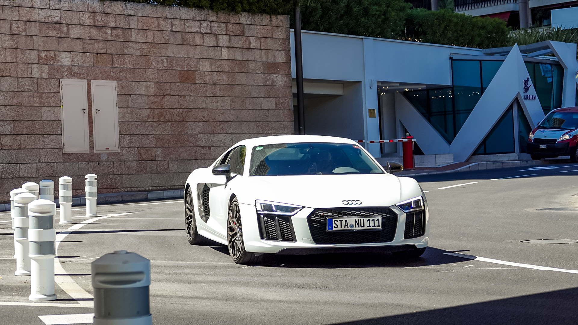 Audi R8 V10 - STA-NU-111