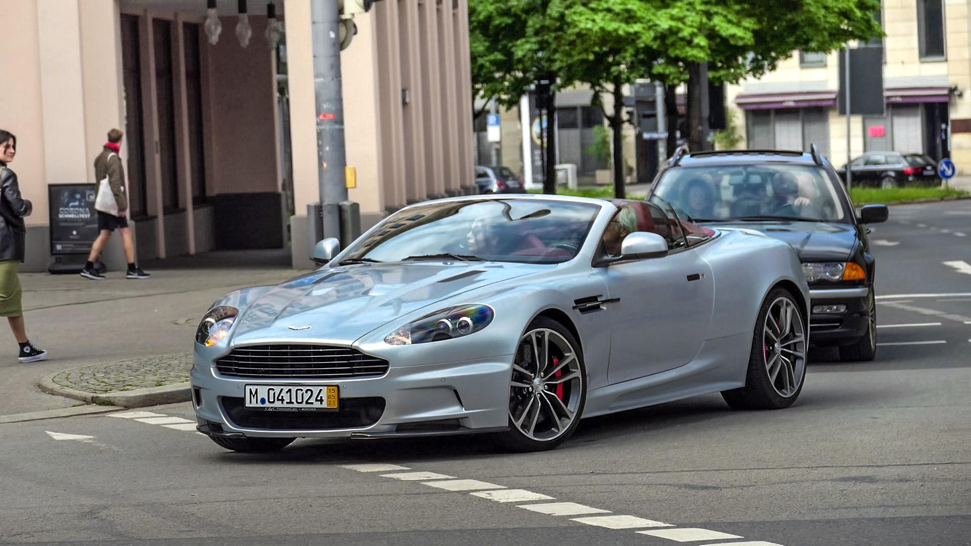 Aston Martin DBS Volante - M-041024