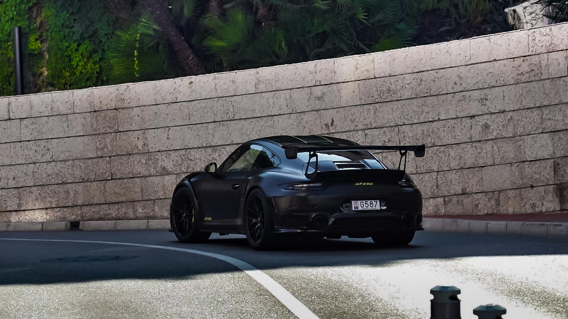 Porsche GT2 RS - G587 (MC)