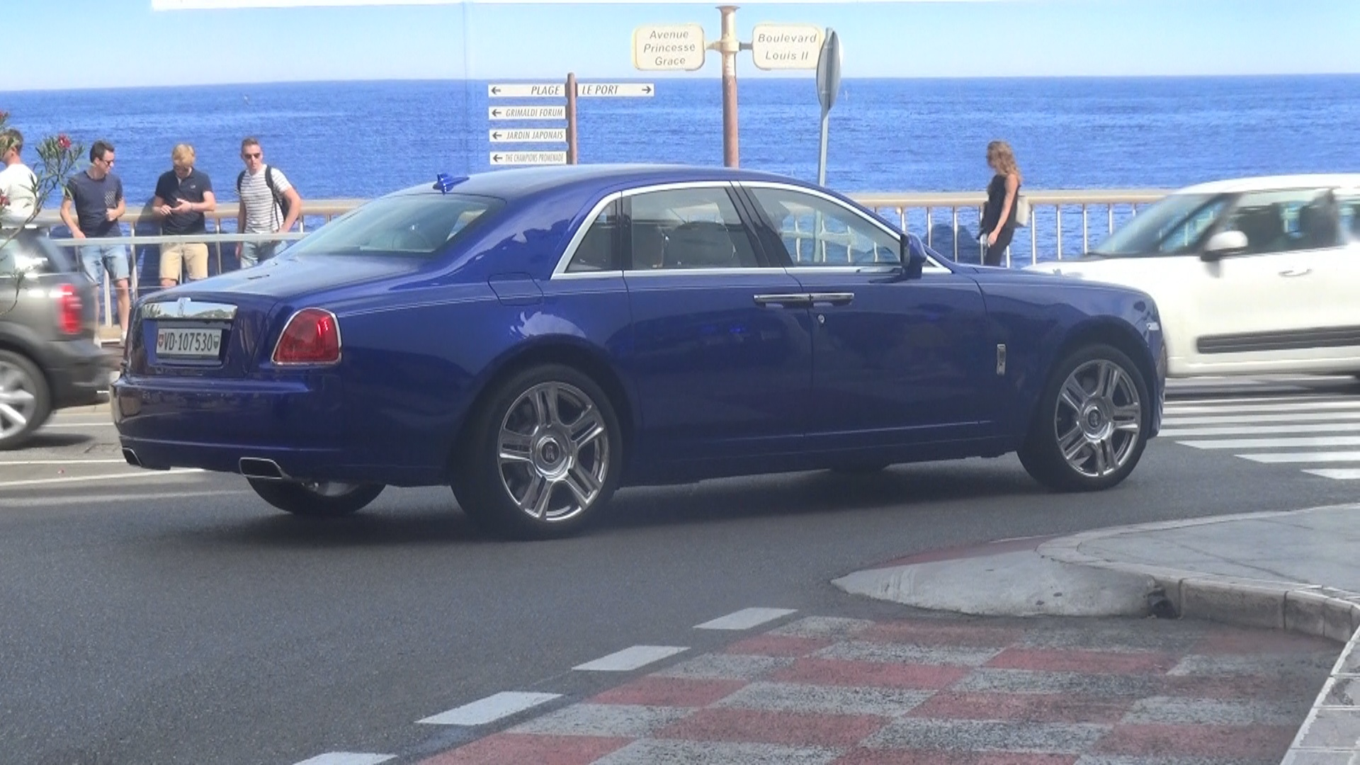 Rolls Royce Ghost - VD-107530 (CH)