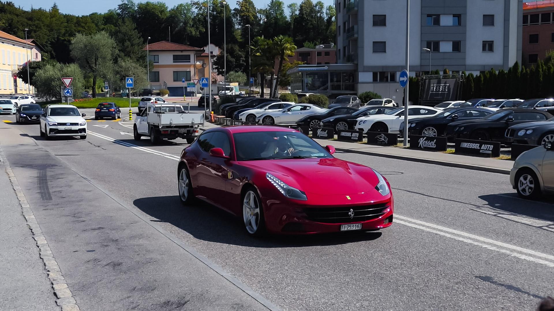 Ferrari FF - TI-253167 (CH)