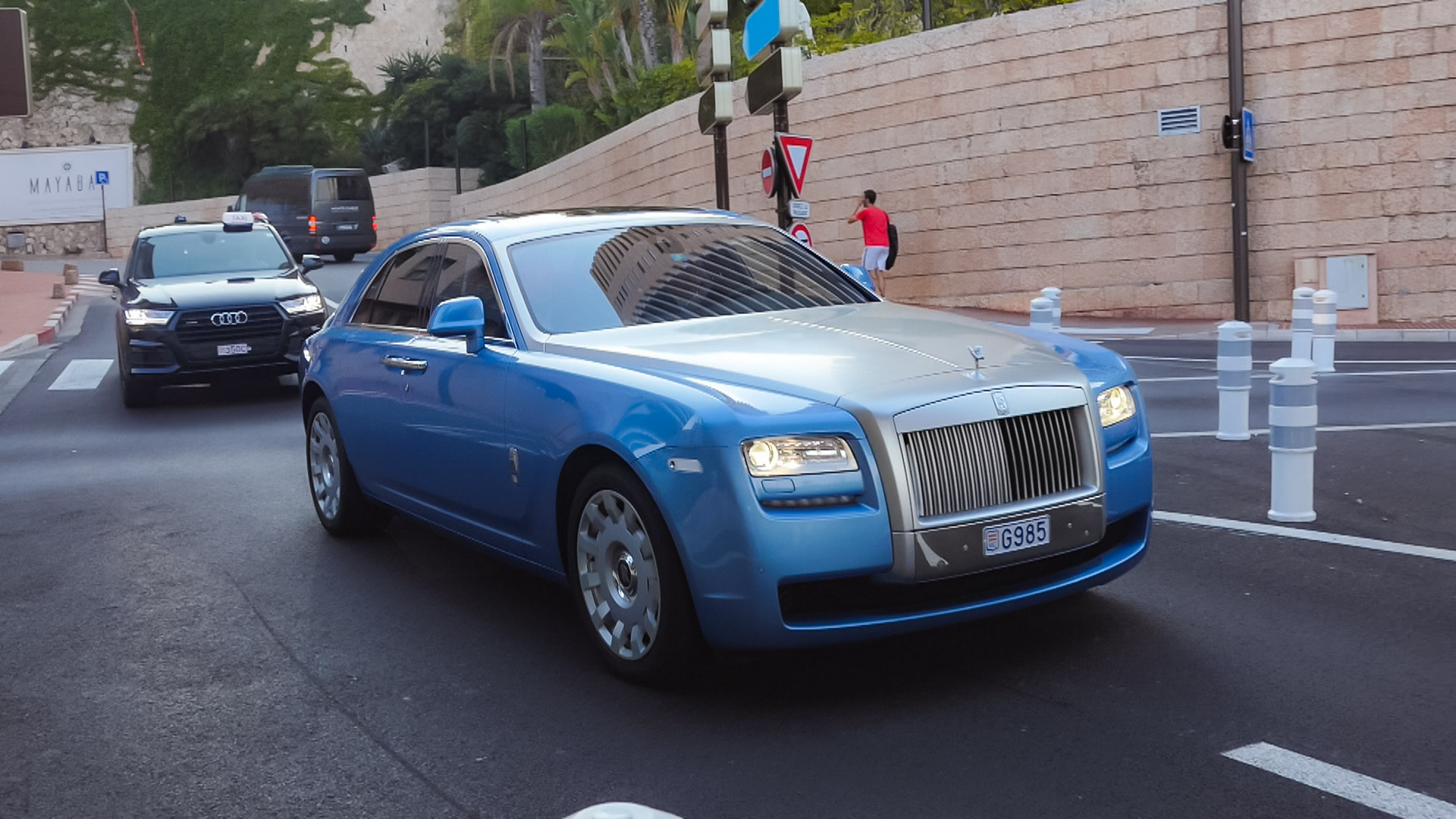 Rolls Royce Ghost - G985 (MC)