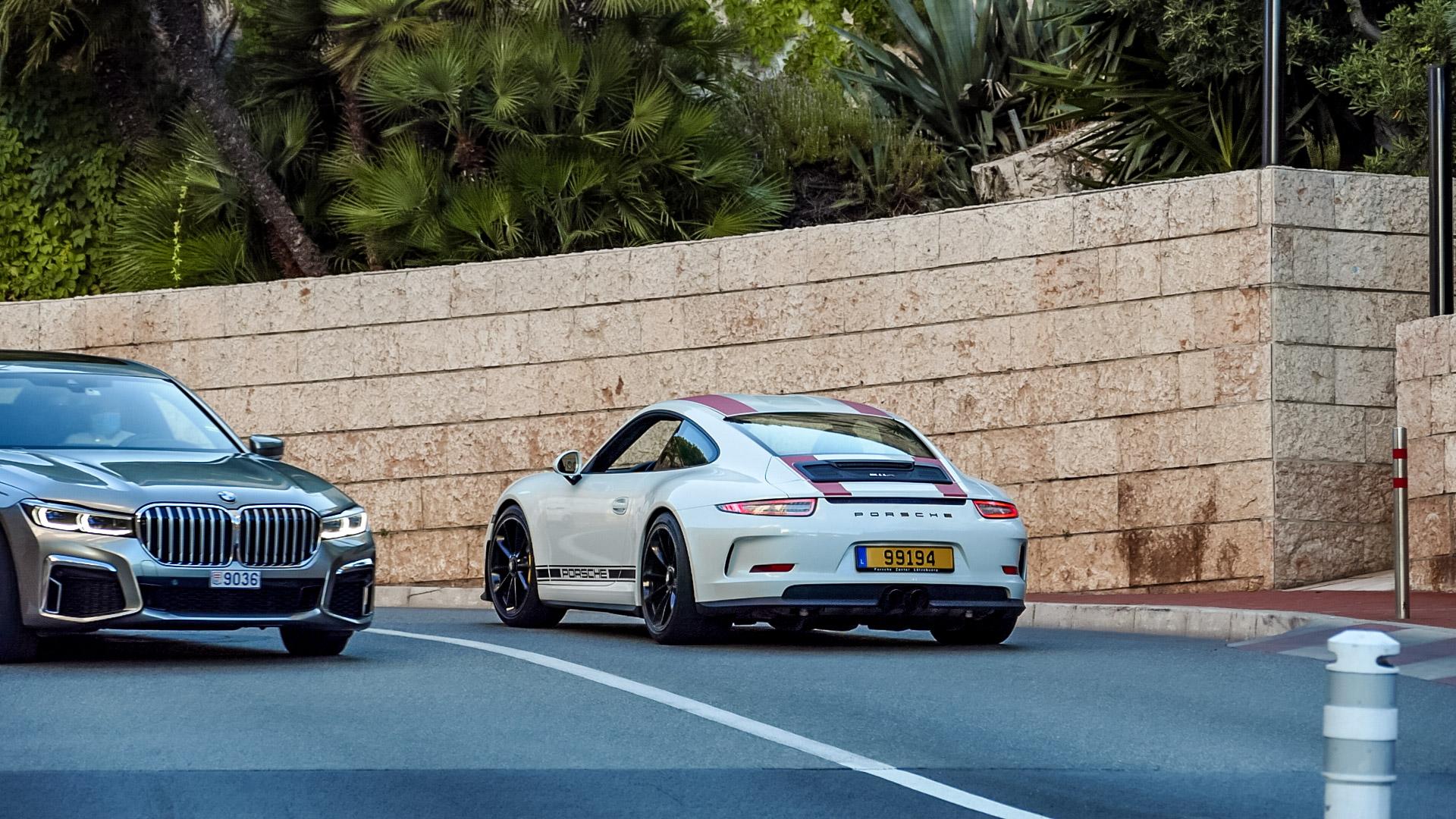 Porsche 911 R - 99194 (LUX)