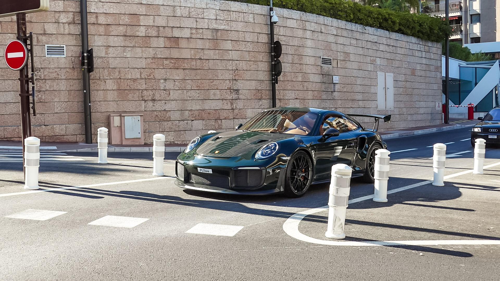 Porsche GT2 RS - PL1144 (SWE)