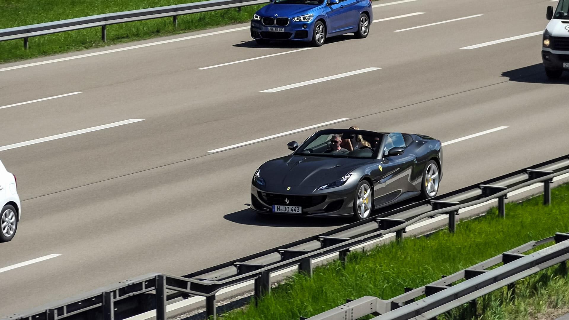 Ferrari Portofino - M-DO-443