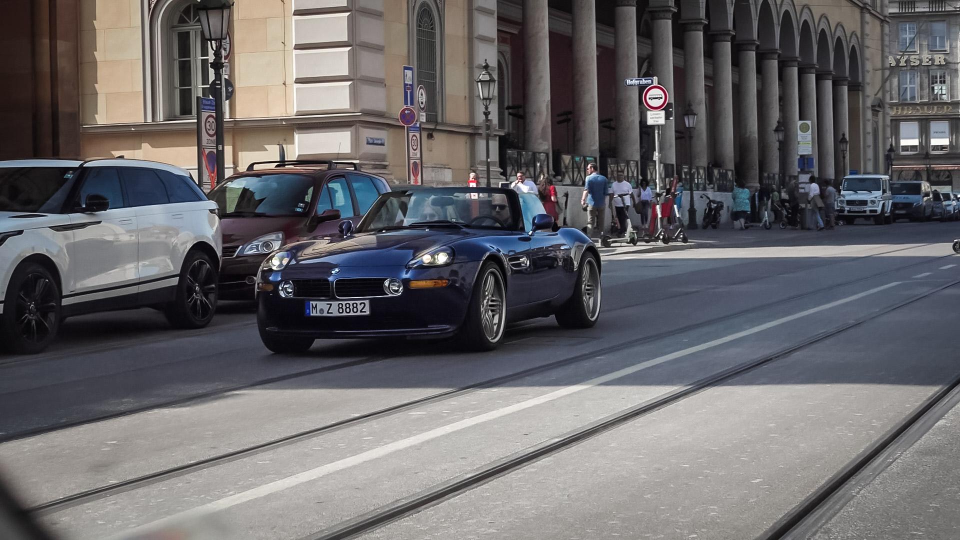 BMW Z8 - M-Z-8882