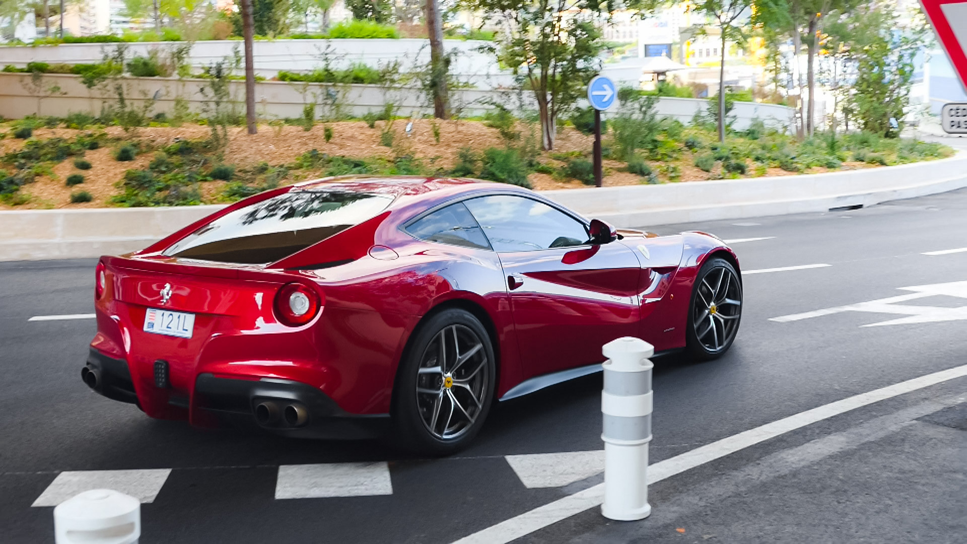 Ferrari F12 Berlinetta - 121L (MC)