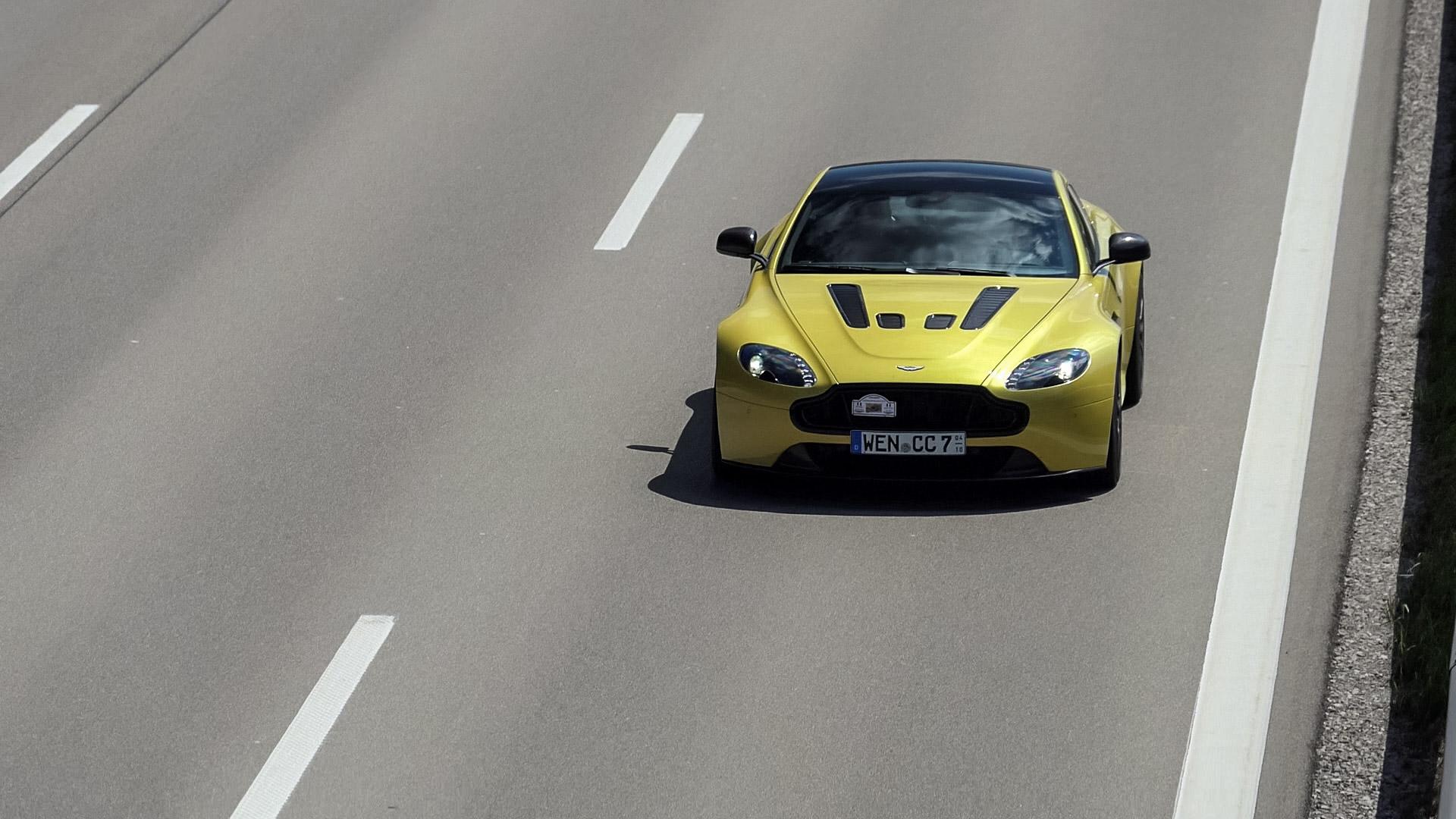 Aston Martin Vantage V12 - WEN-CC-7