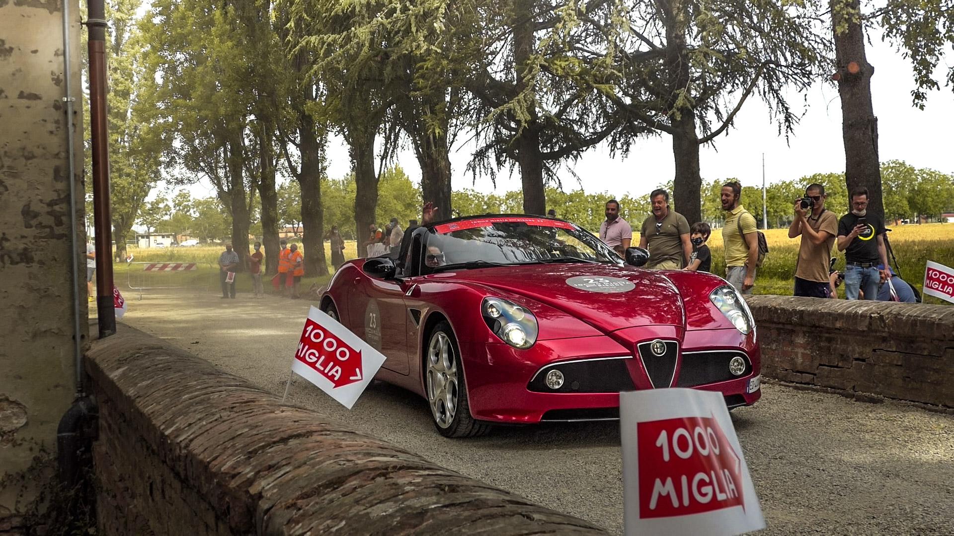 Alfa Romeo 8C Spider - ED-400-XS (ITA)