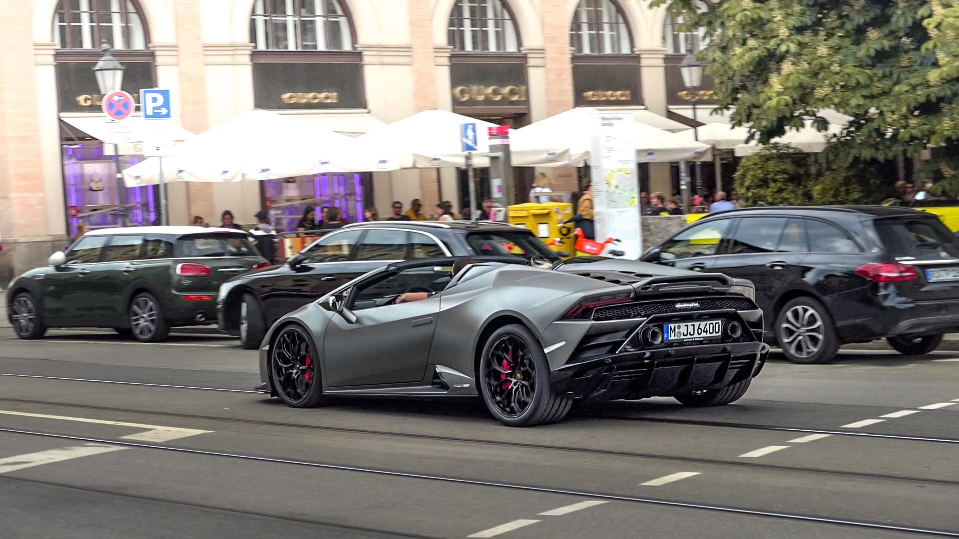 Lamborghini Huracan Evo Spyder - M-JJ-6400